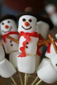 Sneeuwpopje op stokje traktatie2
